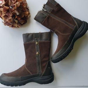 Clarks Leather Rubberized Brown Boots 7M